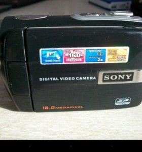 ФотоВидеокамера на 2 флешки