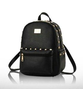 Кожаный женский рюкзак
