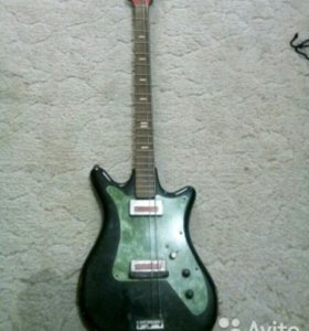 Электро бас гитара.