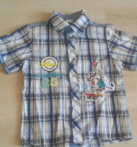 Рубашка на мальчика б/у.