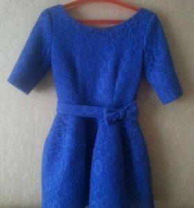 Платье синие,кружевное