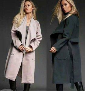 В наличии пальто