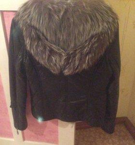 Куртка жилетка кожаная женская с мехом чернобурки