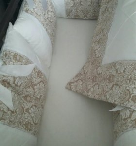 Комплект в кроватку новый