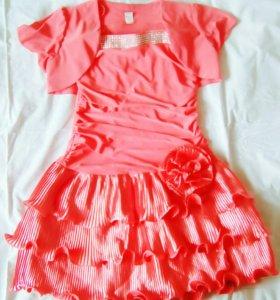 1)Платье, размер 38 , на детей 8-10 лет