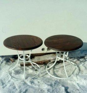 Набор садовой мебели столик 2 пуфика