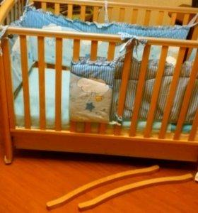 Детская кроватка+матрас и бортики