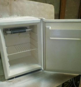 Холодильник 50см