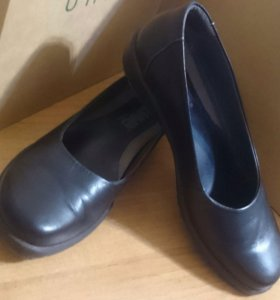 Туфли известного бренда SUAVE 37