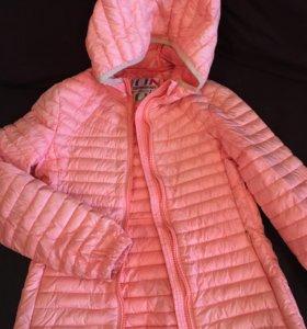 Верхняя детская одежда. Куртка для девочки