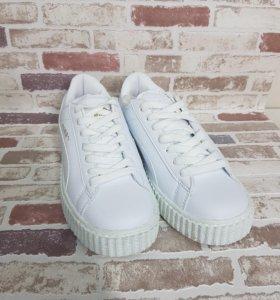 Белые кроссовки creeper