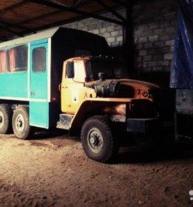 Автобус вахта на базе Урал