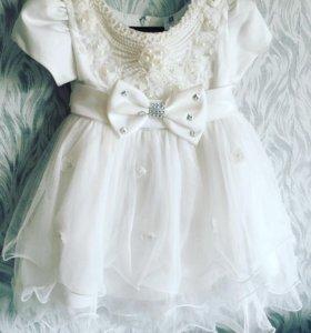 Нарядное платье для девочки на праздник