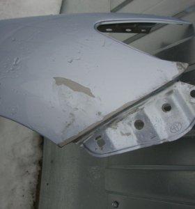 Крыло переднее правое тойота карола
