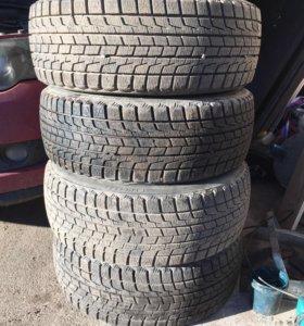 Bridgestone blizzak revo 1 215/45 R18