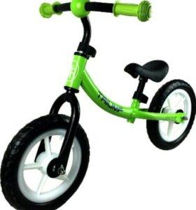 Беговел Triumf Active WB-06 зеленый