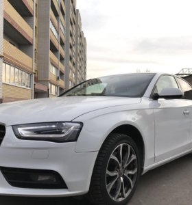 Продаю Audi A4