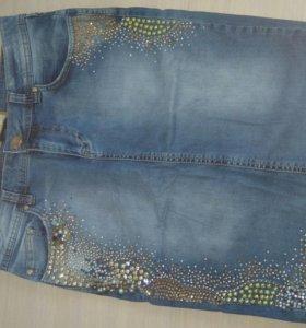 Юбка джинсовая. В стразах, бусинках