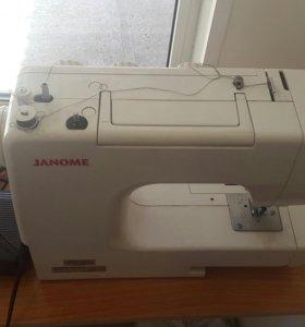 Швейная машинка Япония