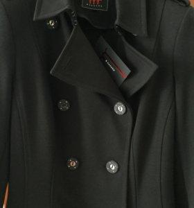 Пальто трикотажное