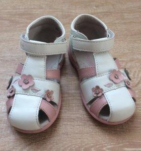 Туфли для девочки праздничные 14см