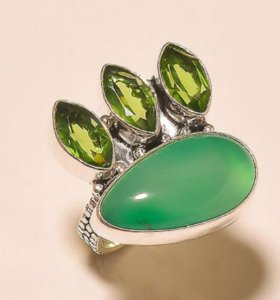 Кольцо женское серебро Оникс Перидот Винтаж