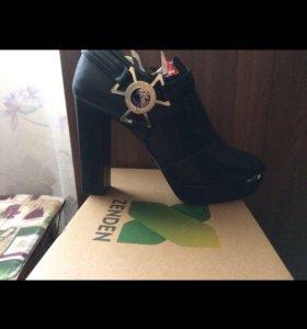 Ботинки Versache
