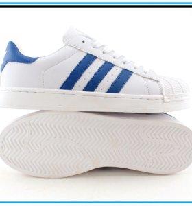 Кроссовки Adidas Superstar с синими полосками