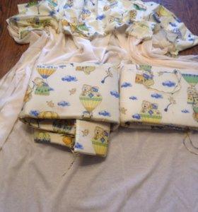 Бортики в кроватку+ балдахин+ одеяло