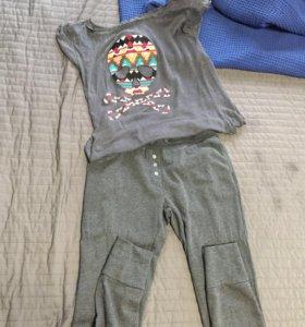 Штаны, свитер и футболки