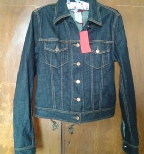 Джинсовая куртка Roberta di Camerino.новая