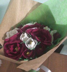 Букет из конфет. В букете 19 роз.