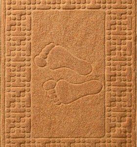 Махровый коврик для ног