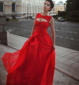 Платье из натурального шелка и шифона