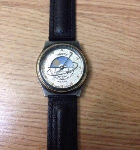 Часы Ракета День/Ночь