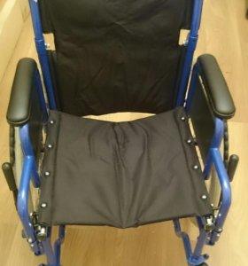 Новое инвалидное кресло коляска