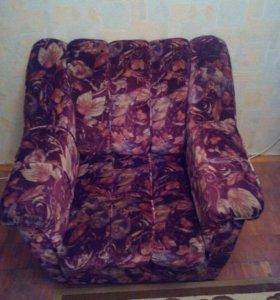 Кресло 2 шт, в хорошем состоянии