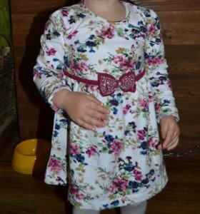 Платье праздничное 92
