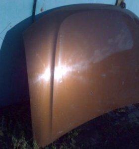 Капот на Дастер