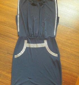 Платье Orsay. 42р.