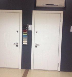 Дизайнерские белые двери Рейн и Авеню. 980*2180