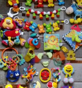 Пакет игрушек погремушек от 0+