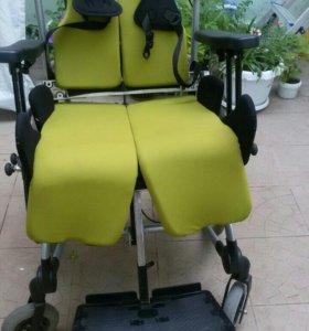 Инвалидная коляска R82 -3