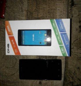 Продаю телефон Dns s5003