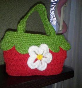 Детская сумочка-ягодка