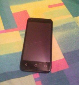 Смартфон Alcatel One Touch PIXI 3 (4.5)