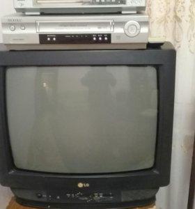 Продаю телевизор LG в хорошем состоянии.