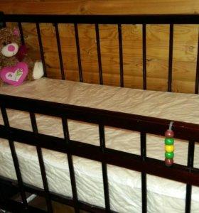Кроватка детская, матрасик, бортики, ванночка