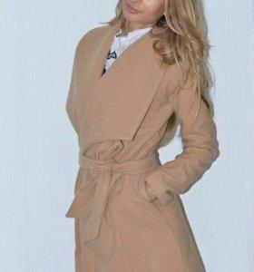 Пальто. 42,44,46 размеры