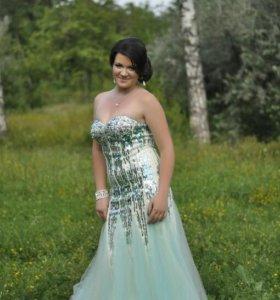 Платье в стразах